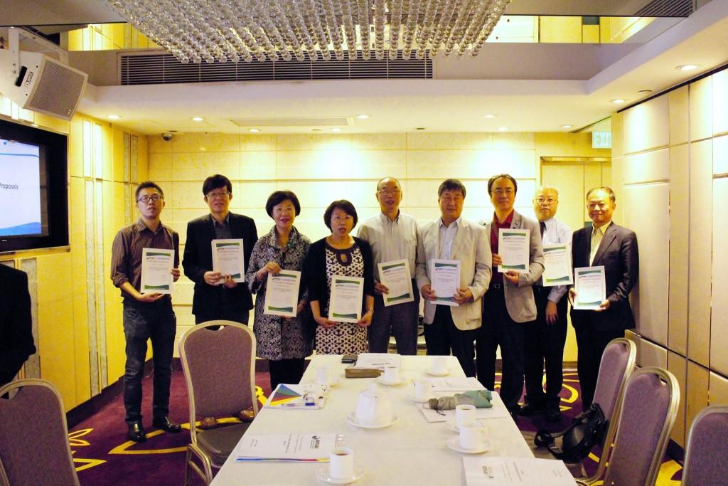 第一屆亞太地區優良智慧綠建築暨系統產品獎評審委員合影